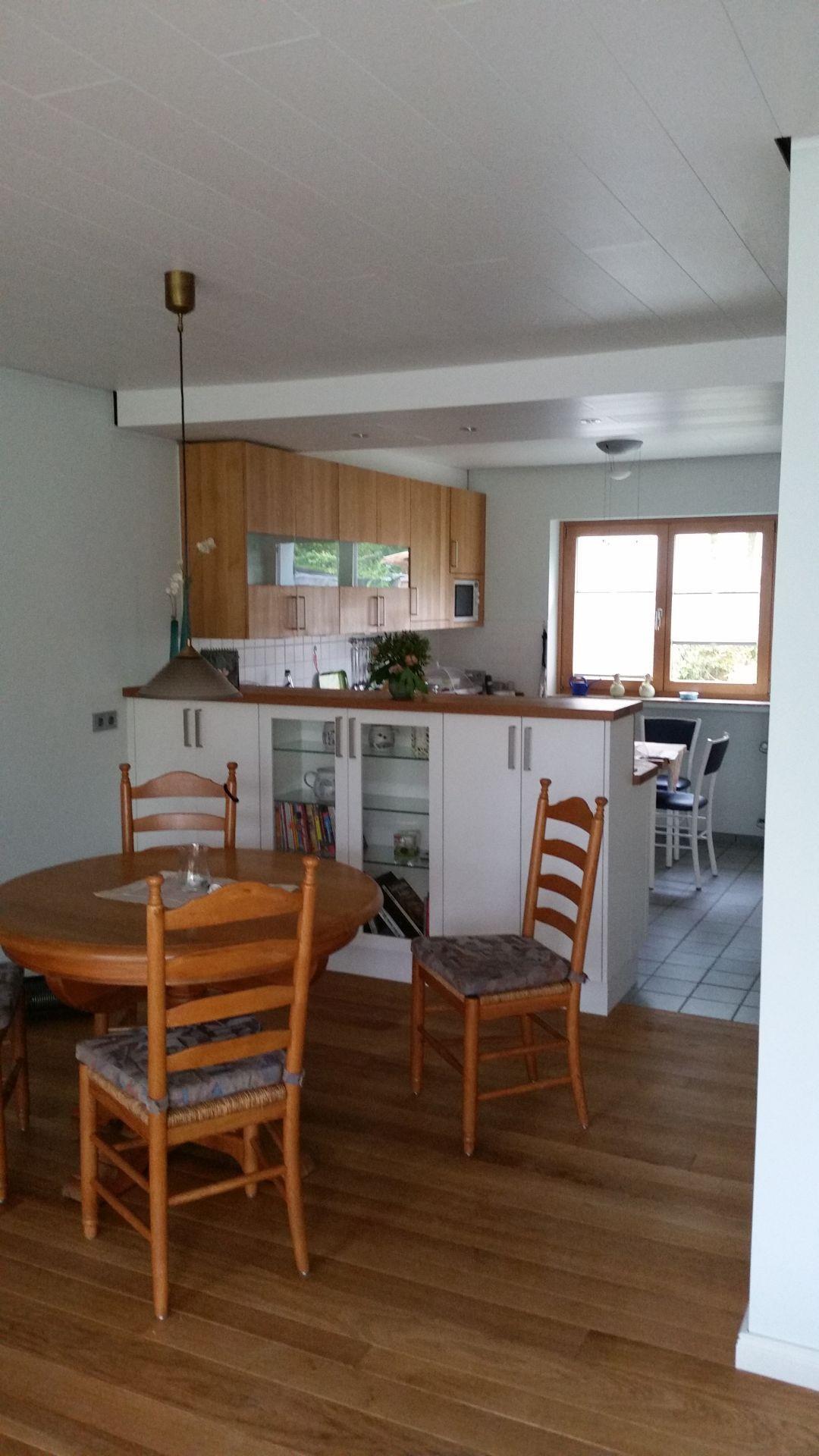 Küche Mit Massivholzarbeitsplatten Und Massivholzfronten In Den